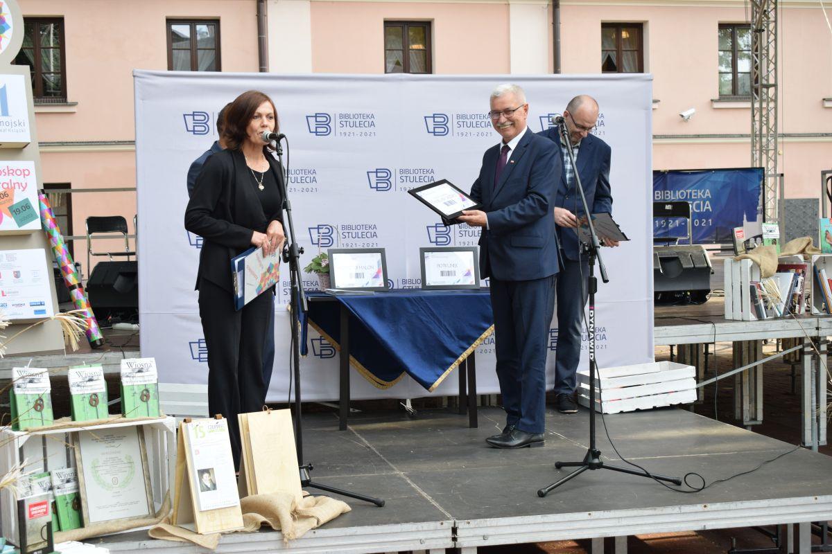 11. Zamojski Festiwal Książki. Wydarzenie objęte zostało Honorowym Patronatem Starosty Zamojskiego.