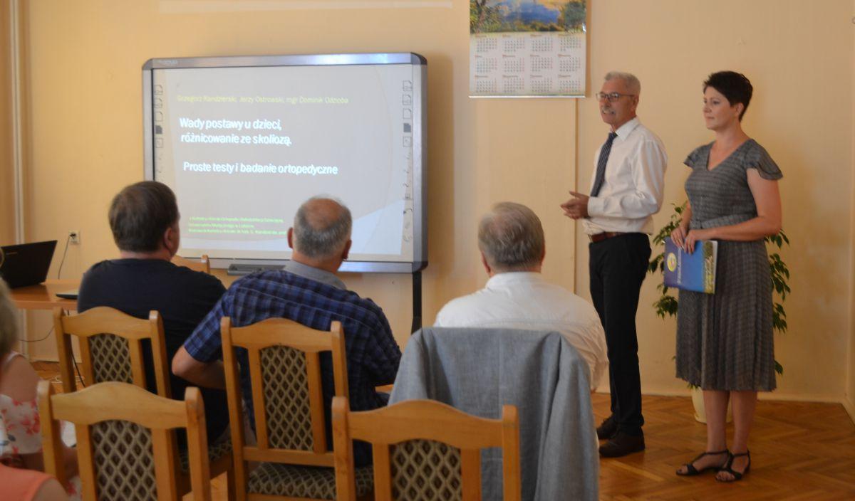 Konferencja inaugurująca współpracę pomiędzy Katedrą Kliniki Ortopedii i Rehabilitacji Dziecięcej Uniwersyteckiego Szpitala Dziecięcego w Lublinie a Oddziałem Dziecięcym Sanatorium Rehabilitacyjnego w Krasnobrodzie. Fotorelacja.